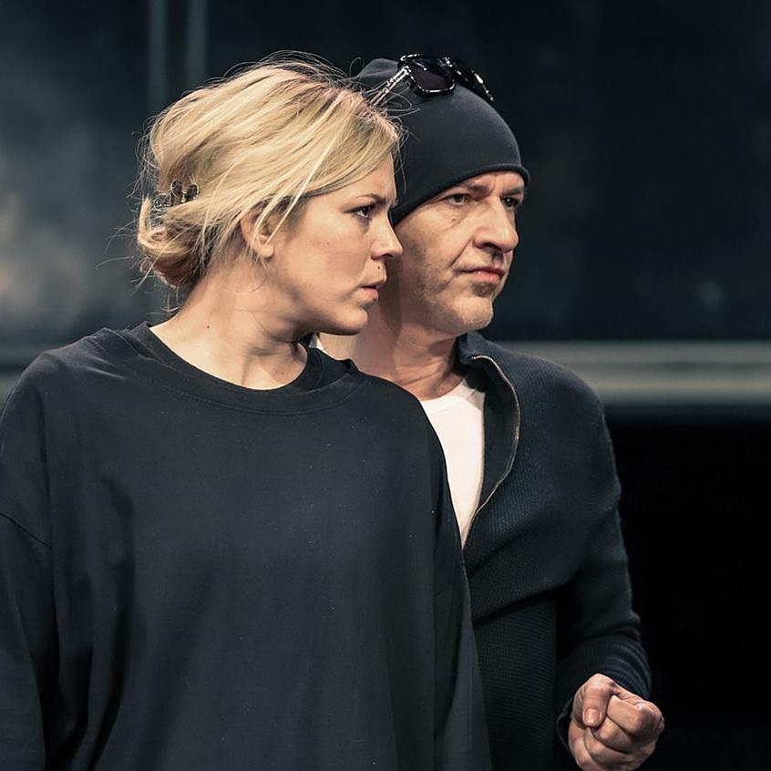 Alföldi rendezésében lép színpadra Stohl András és Bata Éva